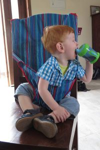 FlipFlopGlobetrotters.com - Blog: review Totseat travel high chair