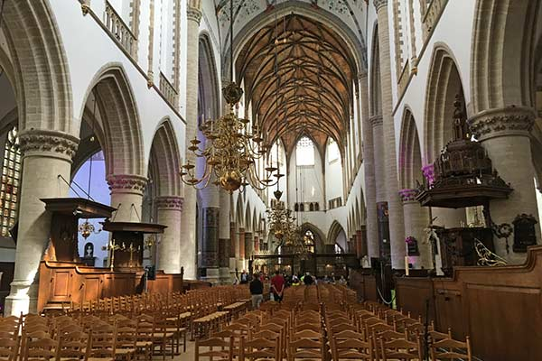 FlipFlopGlobetrotters.com - blog: day trip to Haarlem Netherlands with kids - Inside of the St Bavo Church