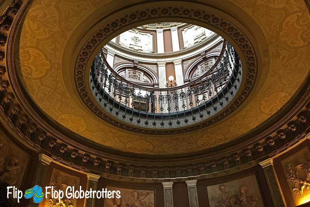 FlipFlopGlobetrotters.com - Blog: Teylers Museum Haarlem - inside