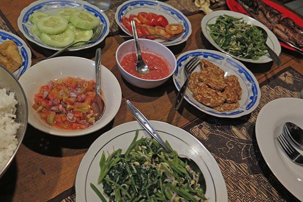 FlipFlopGlobetrotters.com - Review Sendowan Baru - dinner