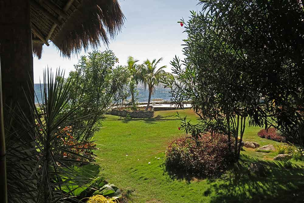 View from our balcony: nicely landscaped and well maintained garden and seaview