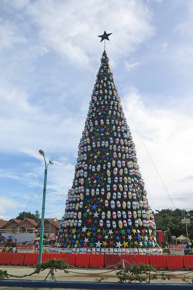 FlipFlopGlobetrotters.com - Philippines with a toddler - Christmas decorations everywhere in the Philippines, even months before the event. This huge Christmas was at the Puerto Princesa baywalk