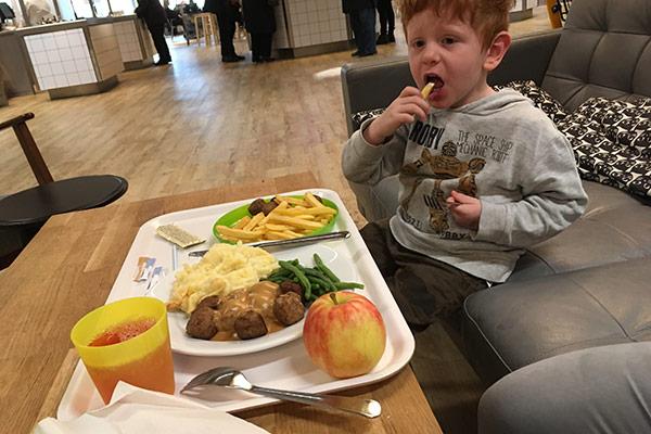 FlipFlopGlobetrotters.com - kid friendly restaurants in Haarlem - Ikea restaurant