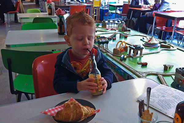 FlipFlopGlobetrotters.com - kid friendly restaurants in Haarlem - Meneer Paprika
