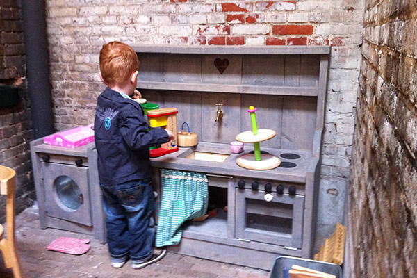 FlipFlopGlobetrotters.com - kid friendly restaurants in Haarlem - Yoghurt Barn