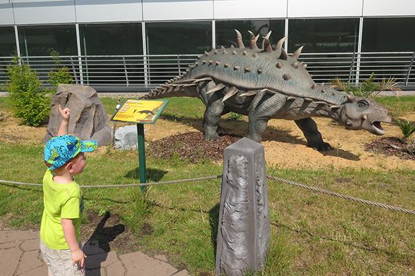 FlipFlopGlobetrotters.com - Dinopark Prague