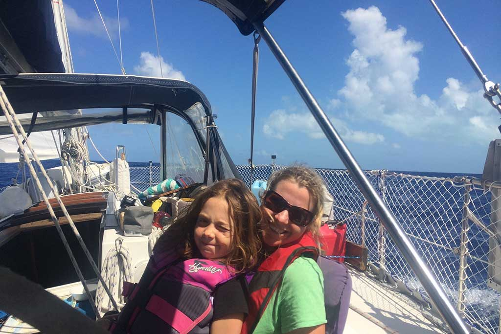 FlipFlopGlobetrotters.com - Blog: Can you still travel with kids - sailing in the Bahamas