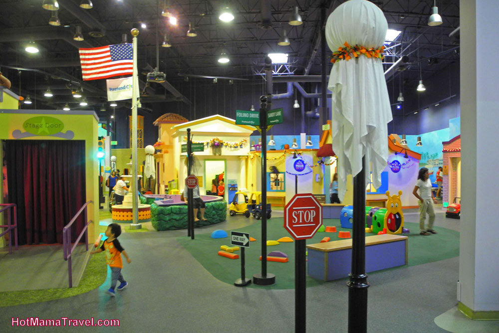 FlipFlopGlobetrotters.com - favorite kids museums worldwide - Pretend City Childrens Museum Irvine California USA