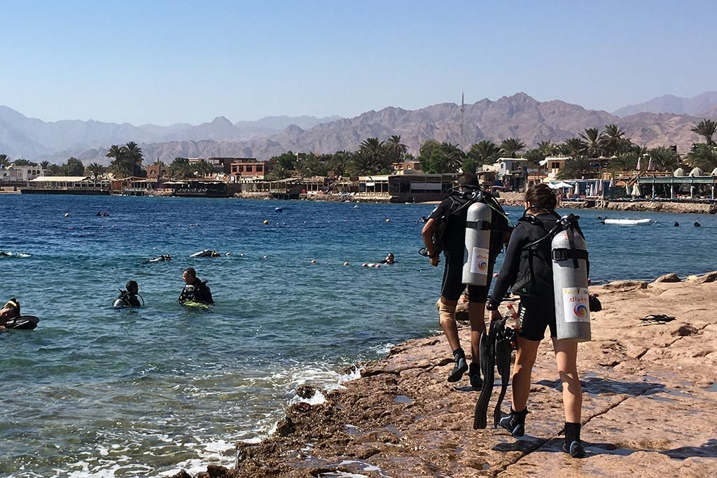 FlipFlopGlobetrotters.com - Back in Dahab - more tourists in Dahab