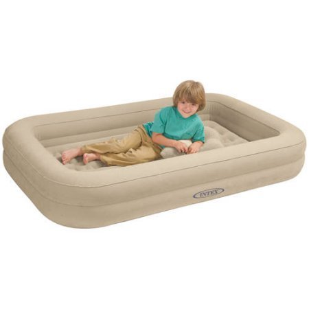purchase cheap 0872e 3cca1 Best Toddler Travel Bed Guide 2019 • FlipFlopGlobetrotters.com