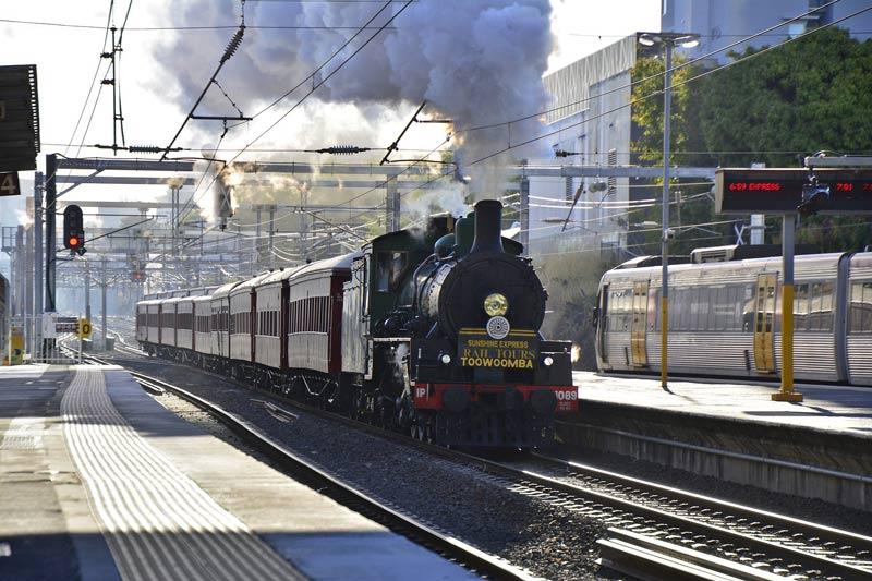 FlipFlopGlobetrotters.com - blog: Brisbane with kids - Steam Train Sundays
