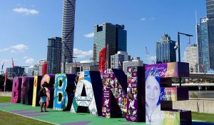 FlipFlopGlobetrotters.com - blog: Brisbane with kids - Brisbane sign