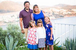 Ultimate family travel blog list - MiniTravellers