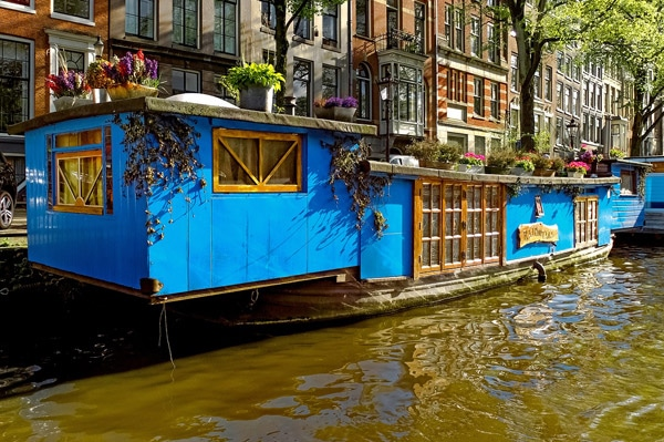 FlipFlopGlobetrotters.com - Amsterdam with kids - Amsterdam houseboat